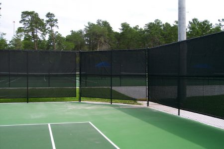 tennis-court-with-screen-large